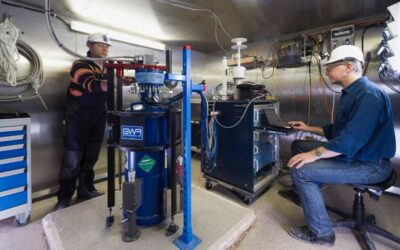 Compact dark object search: Scanning Earth's core with superconducting gravimeters